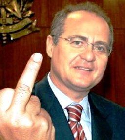 O dedo de Calheiros.